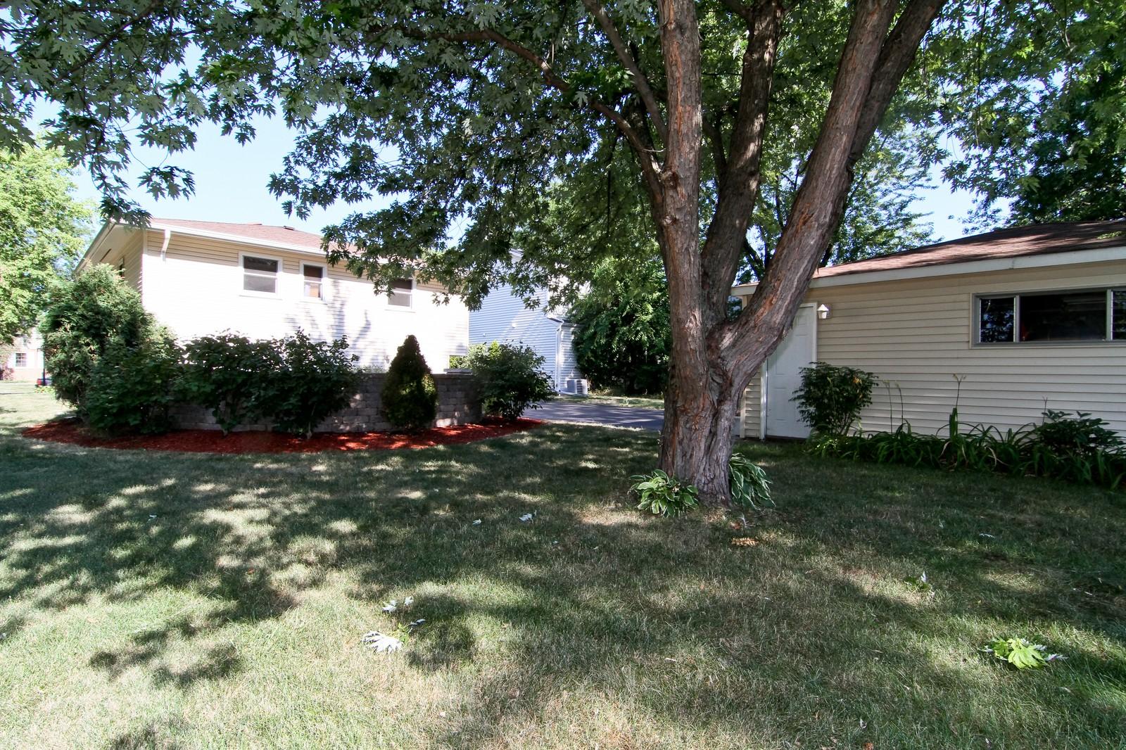 Real Estate Photography - 89 N Ott, Glen Ellyn, IL, 60137 - Rear View