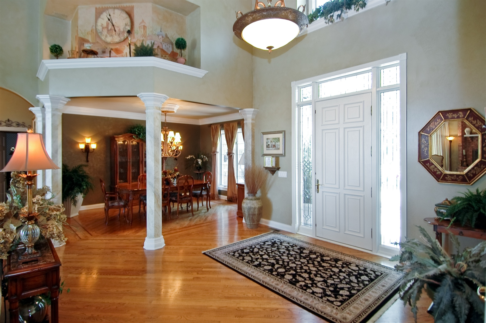 Real Estate Photography - 420 Mason Ln, Lake in the Hills, IL, 60156 - Foyer/Dining Room