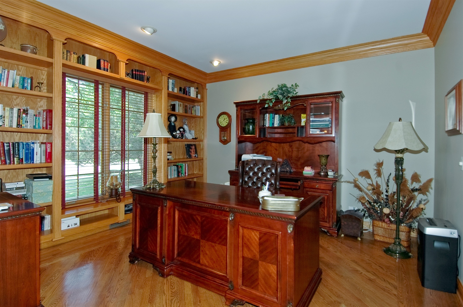 Real Estate Photography - 420 Mason Ln, Lake in the Hills, IL, 60156 - Study