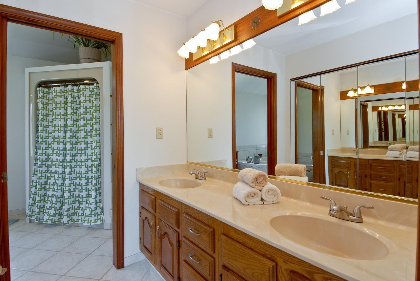 Real Estate Photography - 37W786 McKee St, Batavia, IL, 60510 - Master Bathroom