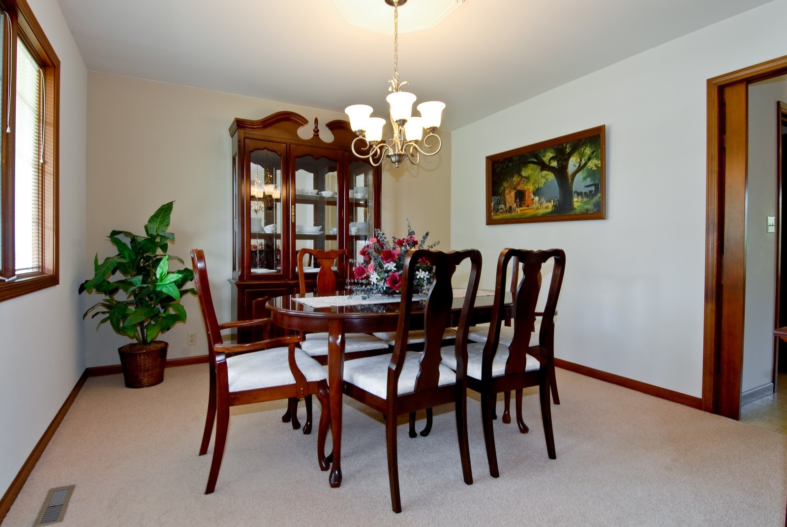 Real Estate Photography - 37W786 McKee St, Batavia, IL, 60510 - Dining Room