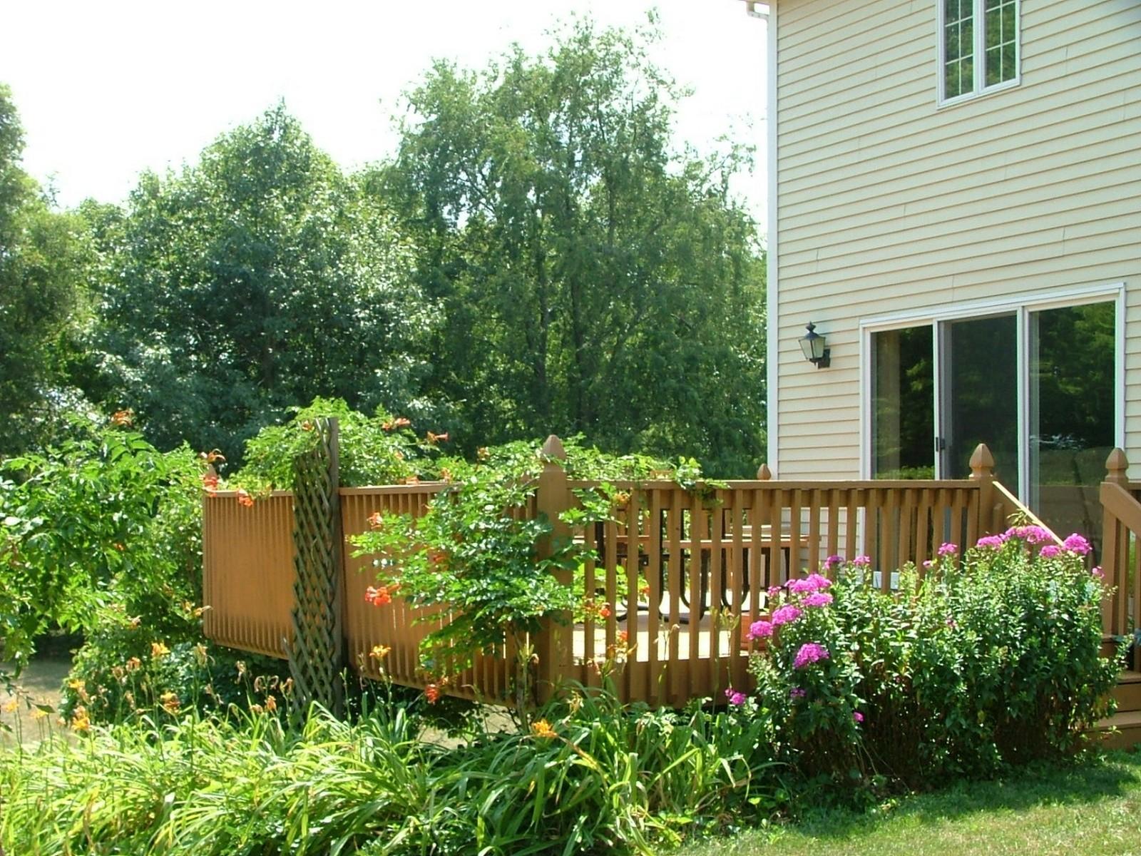 Real Estate Photography - 37W786 McKee St, Batavia, IL, 60510 - Garden