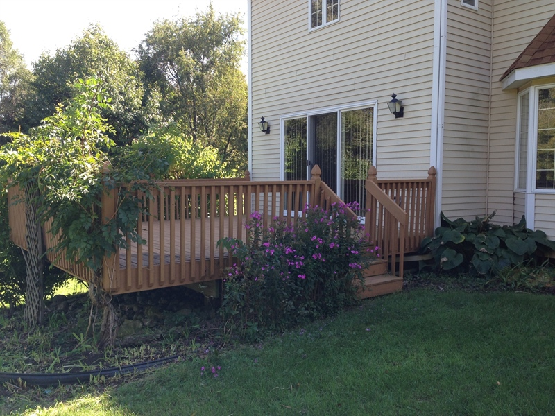 Real Estate Photography - 37W786 McKee St, Batavia, IL, 60510 - Deck with Garden
