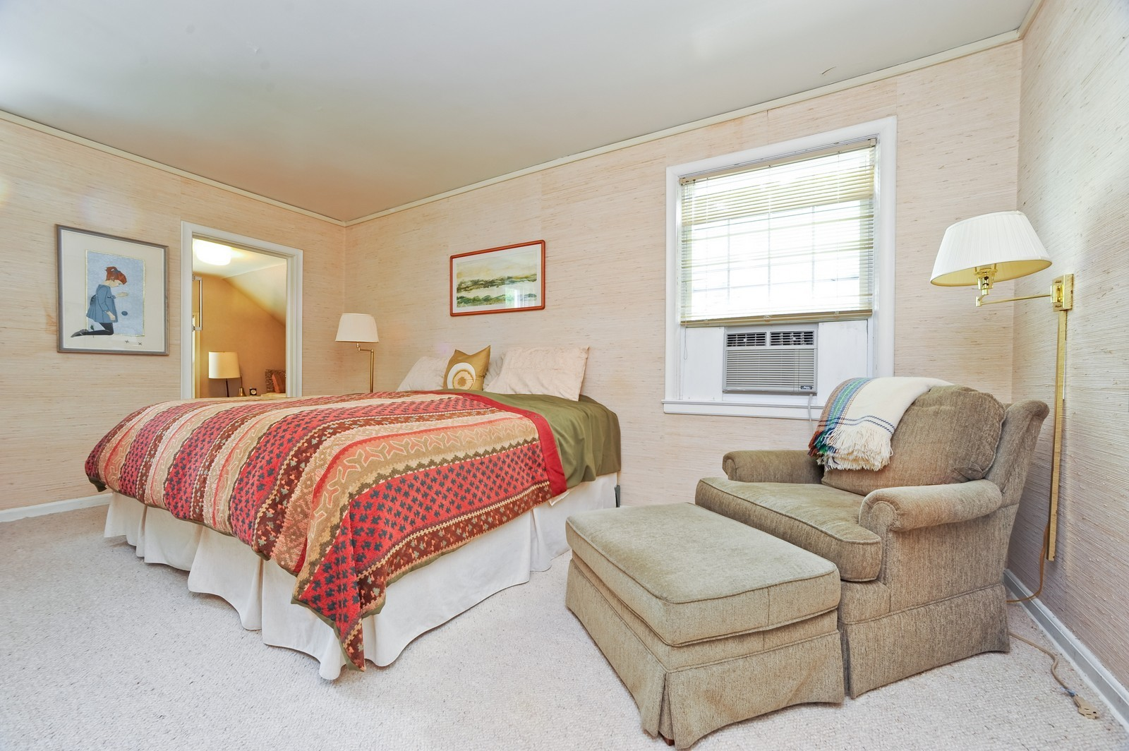 Real Estate Photography - 220 Braeburn Ave, Highland Park, IL, 60035 - 2nd Bedroom