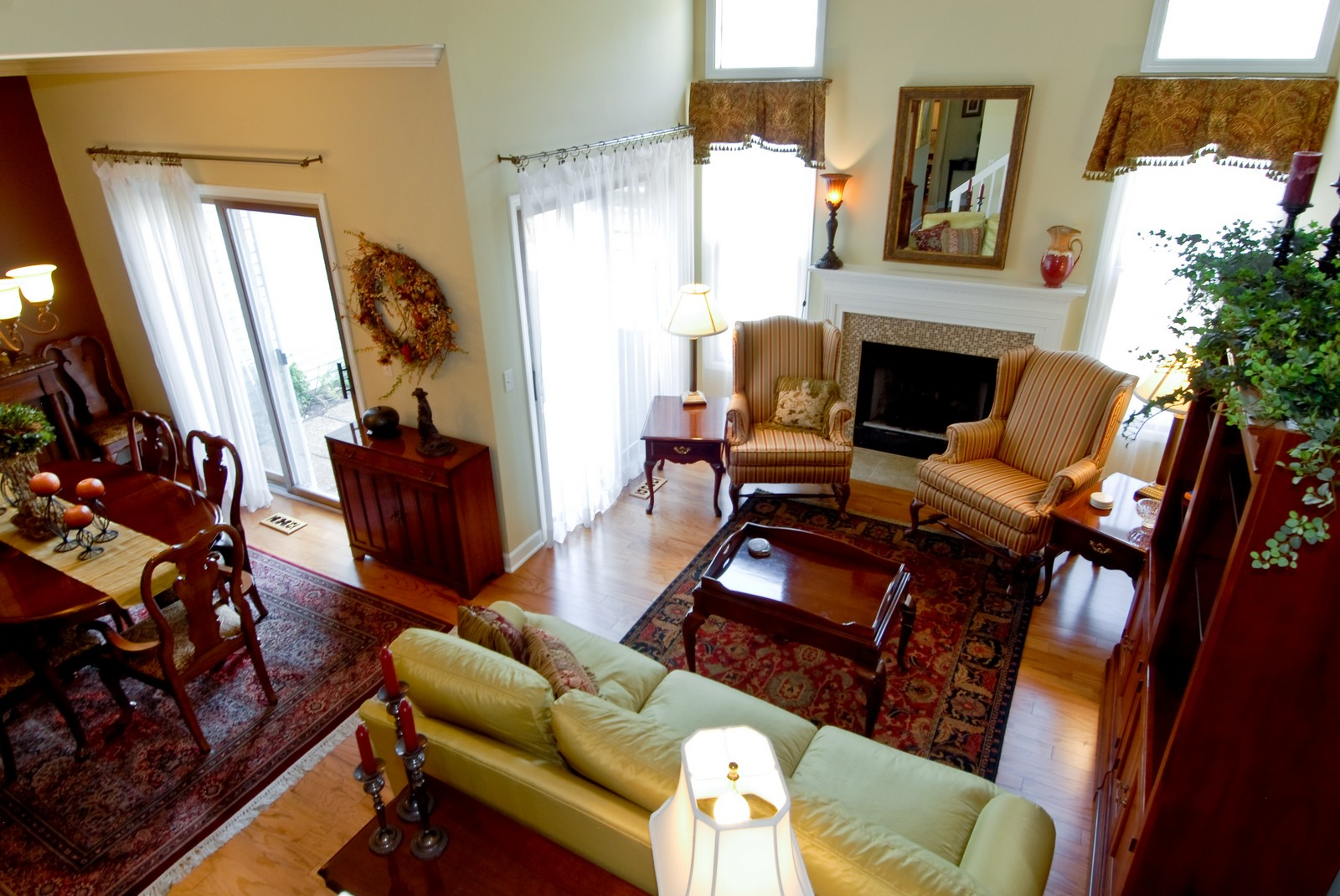 Real Estate Photography - 1222 Rhodes Ln, Naperville, IL, 60540 - Living Room / Dining Room
