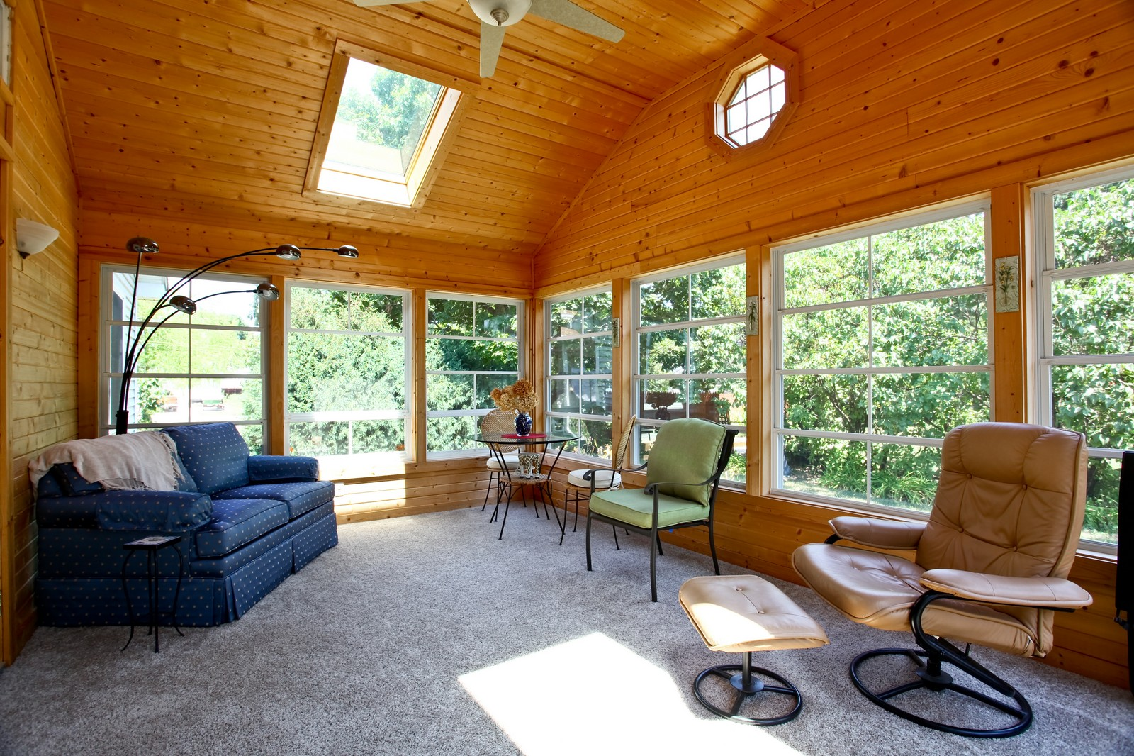 Real Estate Photography - 307 S East St, Earlville, IL, 60518 - Sun Room