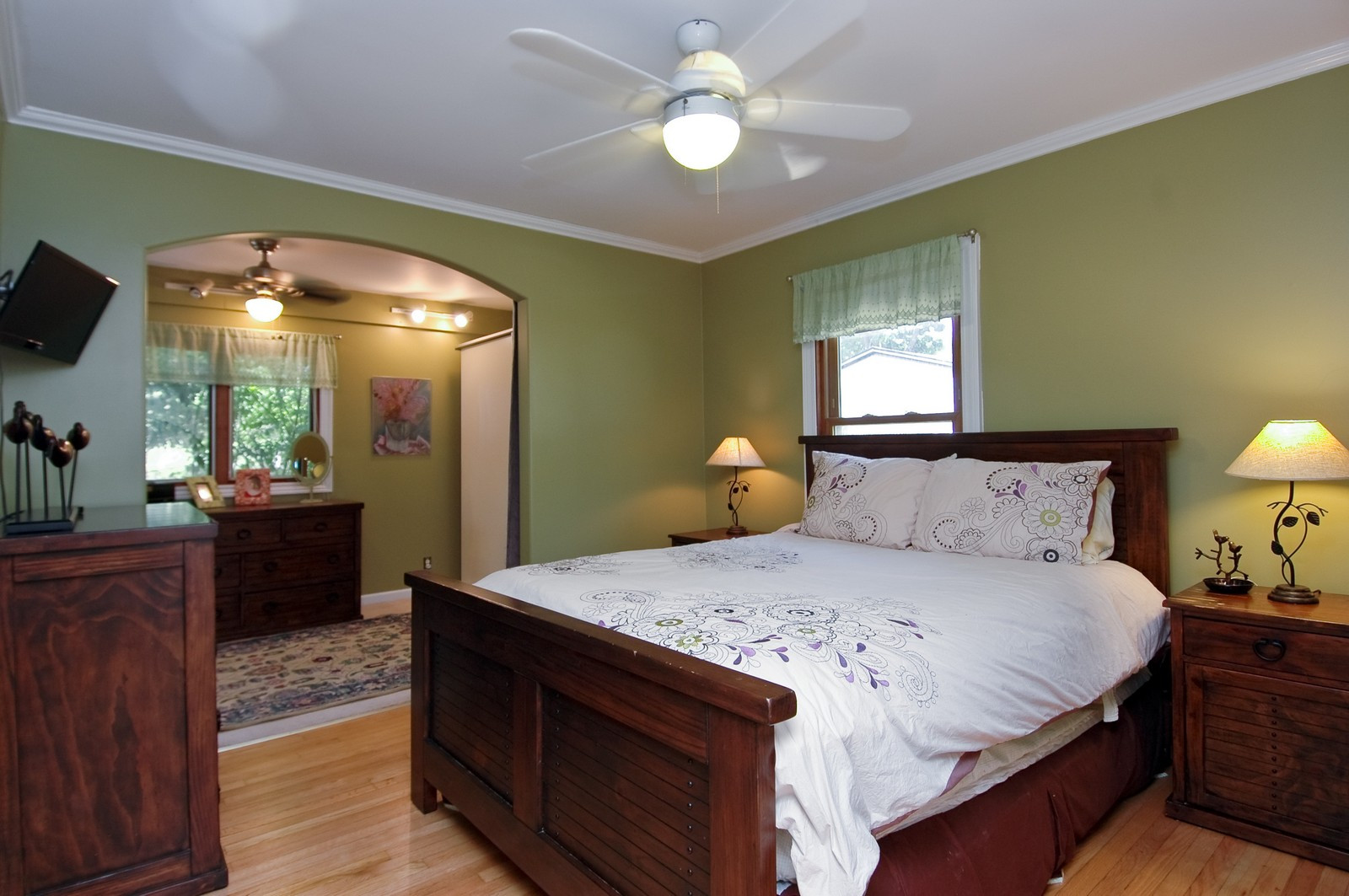 Real Estate Photography - 314 Crystal Lake Road, Lake in the Hills, IL, 60156 - Master Bedroom