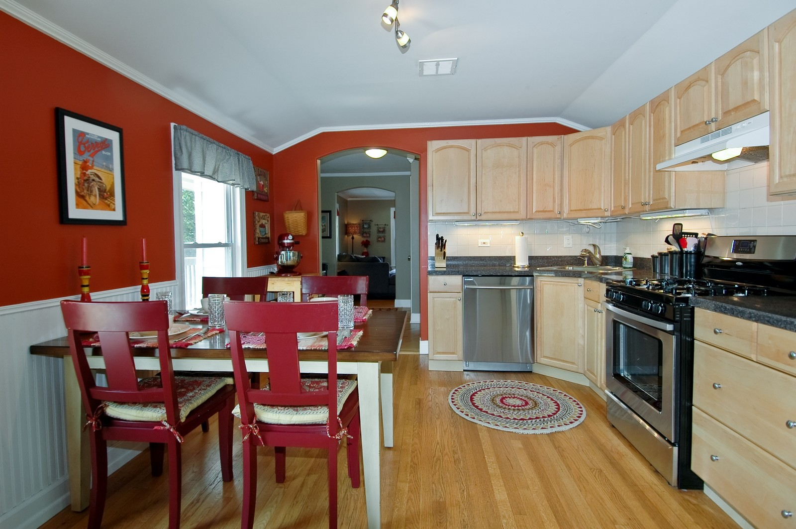 Real Estate Photography - 314 Crystal Lake Road, Lake in the Hills, IL, 60156 - Kitchen