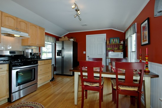 Kitchen photograph of 314 Crystal Lake Road Lake in the Hills Illinois 60156
