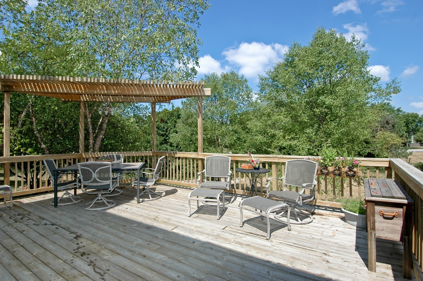 Real Estate Photography - 1604 Stockton Ln, Crystal Lake, IL, 60014 - Deck