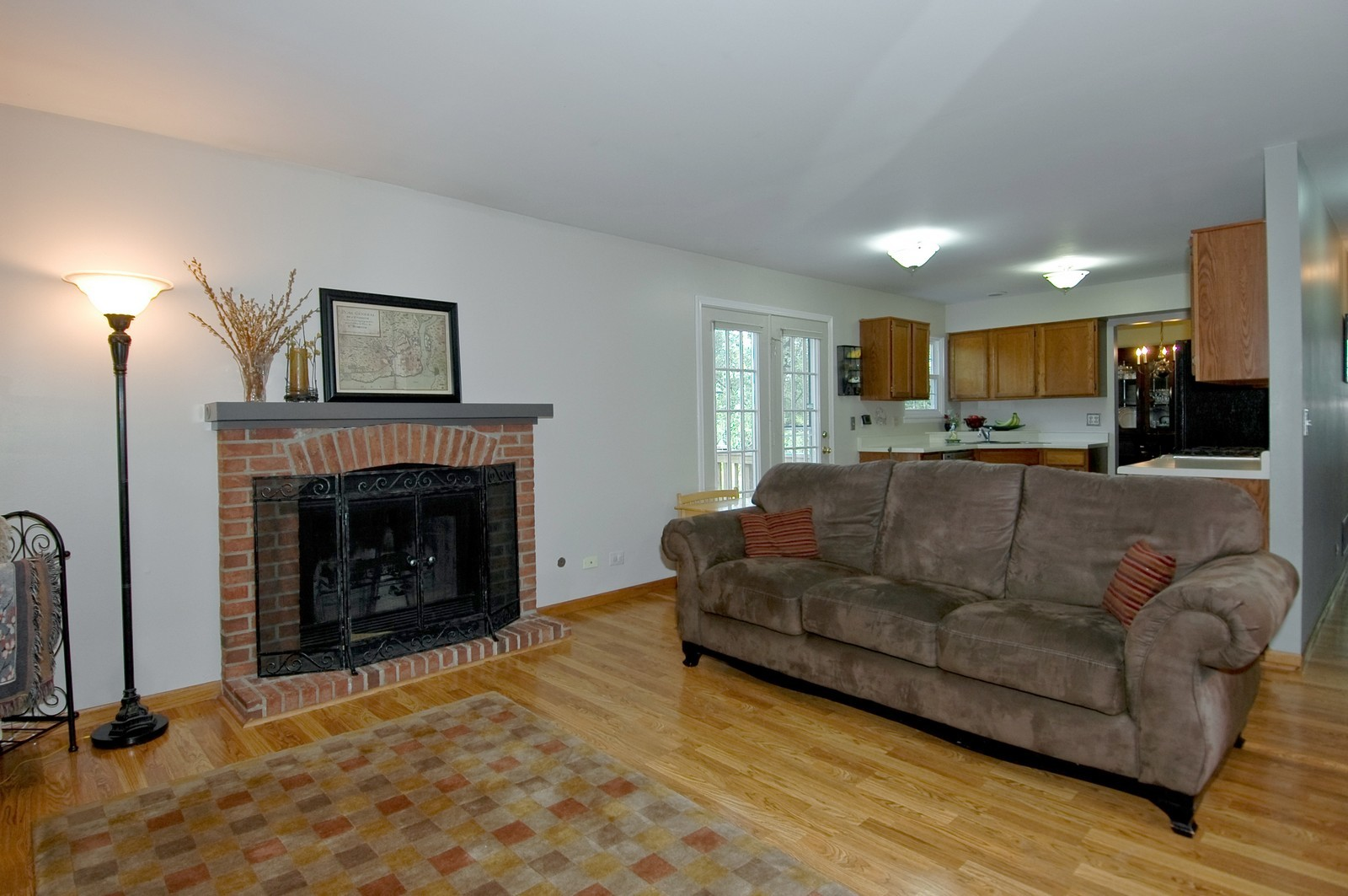 Real Estate Photography - 1604 Stockton Ln, Crystal Lake, IL, 60014 - Family Room / Kitchen