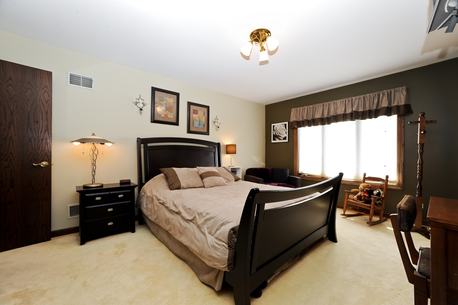 Real Estate Photography - 513 Claire Lane, Prospect Heights, IL, 60070 - 2nd Bedroom