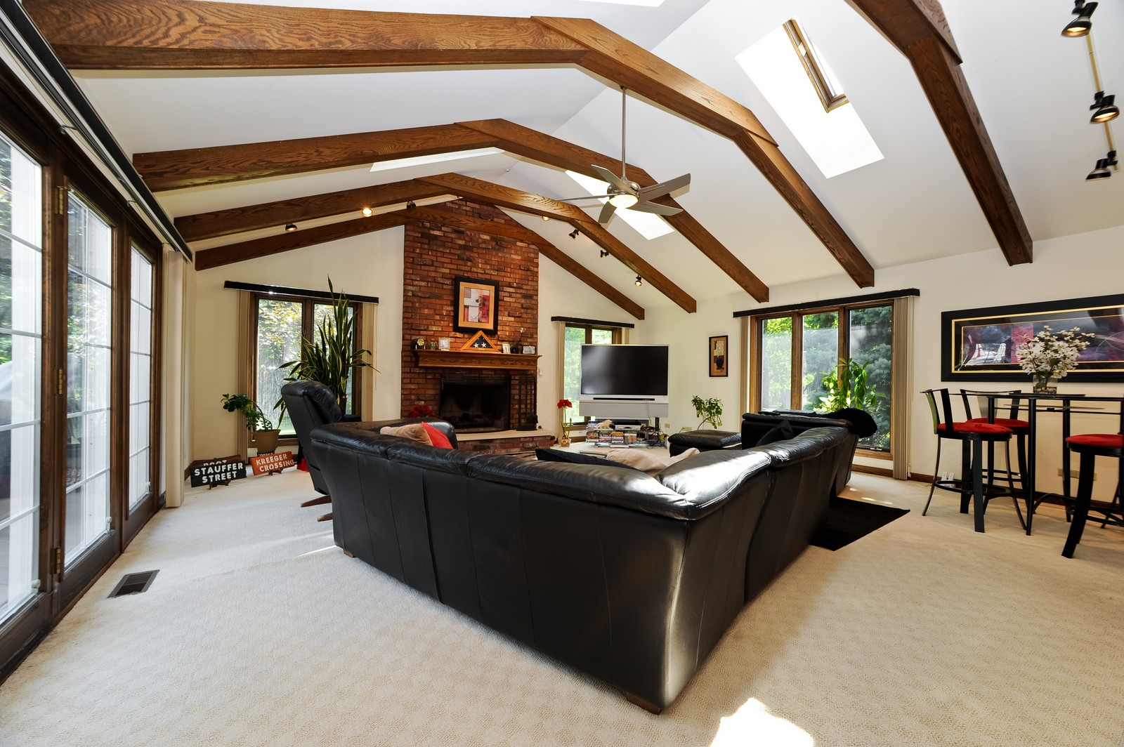 Real Estate Photography - 513 Claire Lane, Prospect Heights, IL, 60070 - Family Room