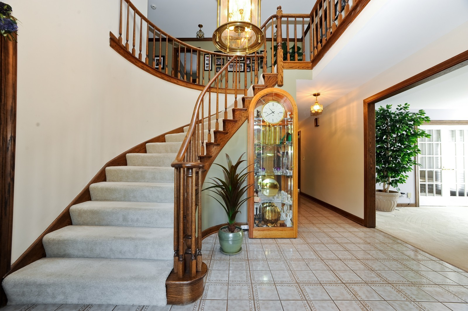 Real Estate Photography - 513 Claire Lane, Prospect Heights, IL, 60070 - Foyer