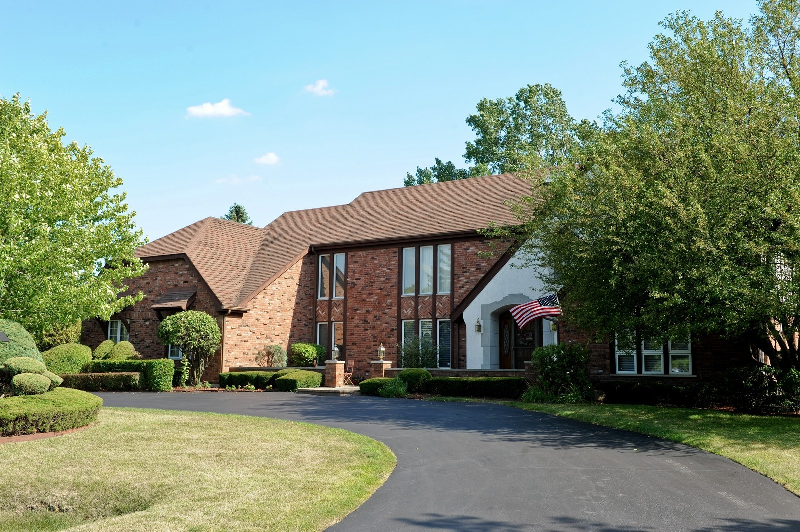 Real Estate Photography - 513 Claire Lane, Prospect Heights, IL, 60070 - Front View