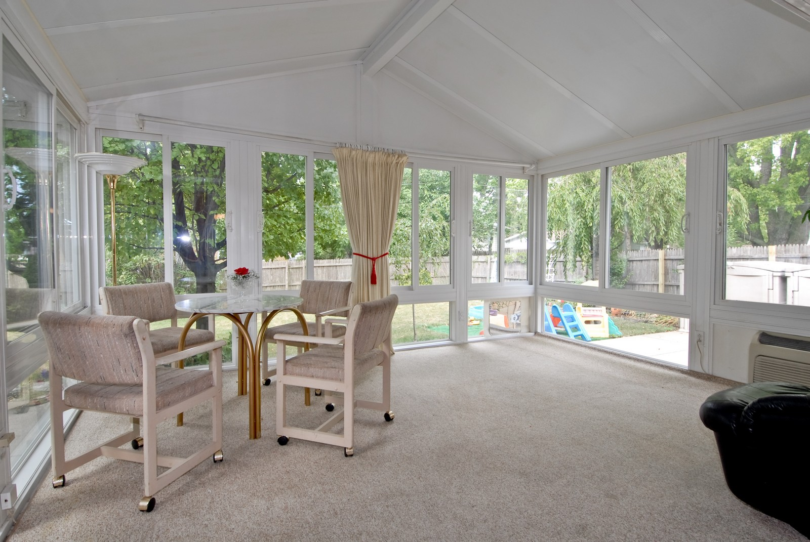 Real Estate Photography - 1733 Pleasant Ave, St Charles, IL, 60174 - Sun Room