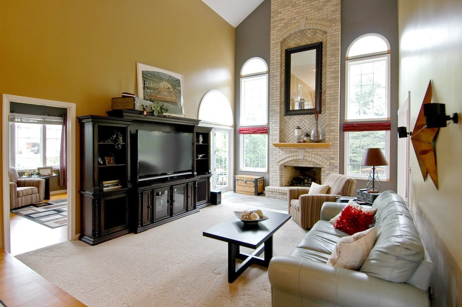 Real Estate Photography - 721 Goldenrod Ct, Crystal Lake, IL, 60014 - Family Room