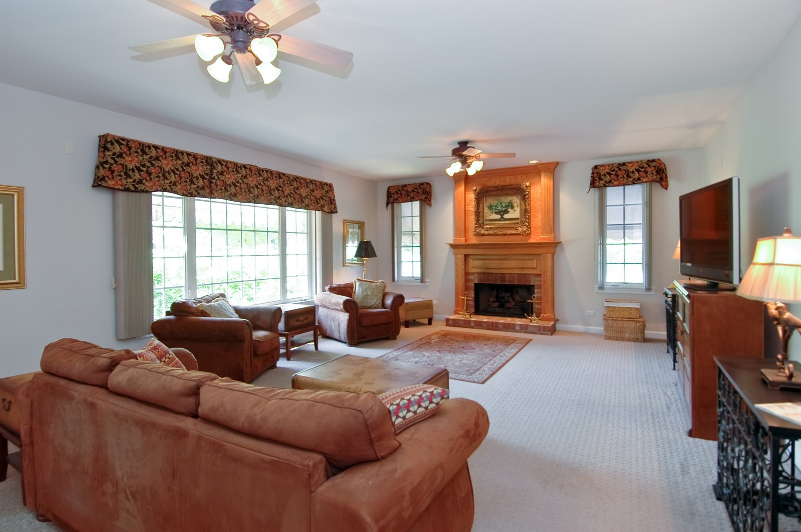 Real Estate Photography - 4215 Alex, Crystal Lake, IL, 60014 - Family Room