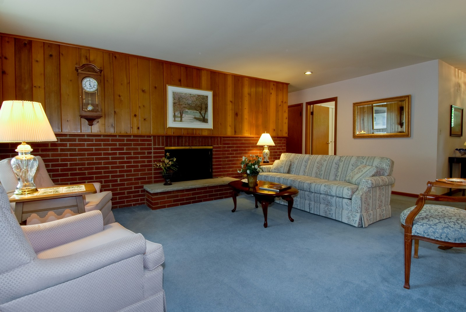 Real Estate Photography - 525 S McKinley St, St Charles, IL, 60174 - Living Room