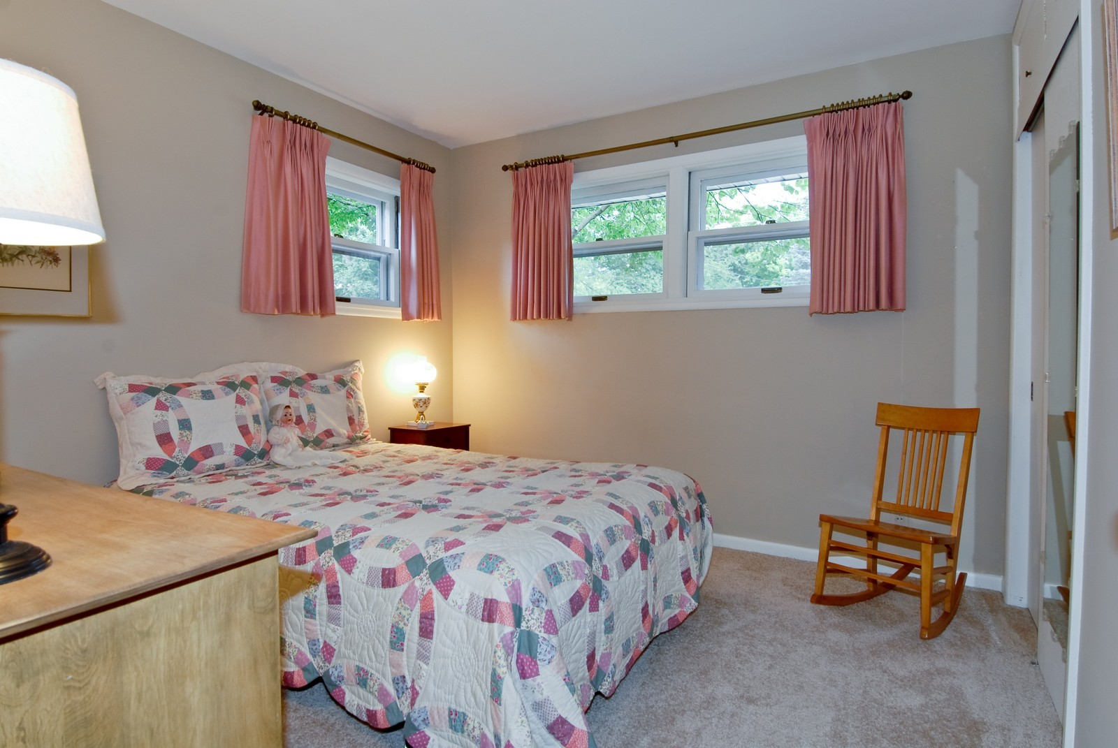 Real Estate Photography - 525 S McKinley St, St Charles, IL, 60174 - 3rd Bedroom