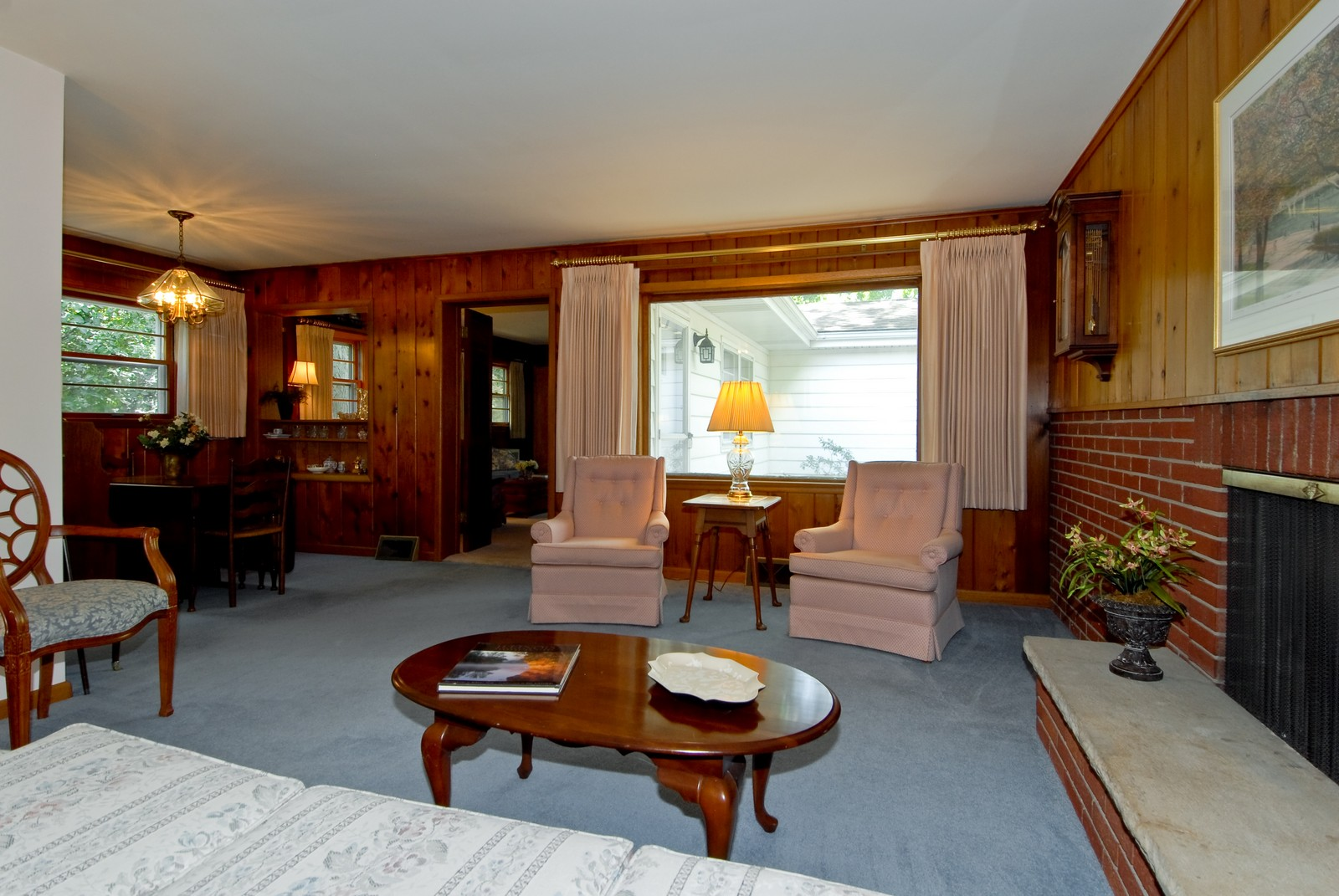 Real Estate Photography - 525 S McKinley St, St Charles, IL, 60174 - Room