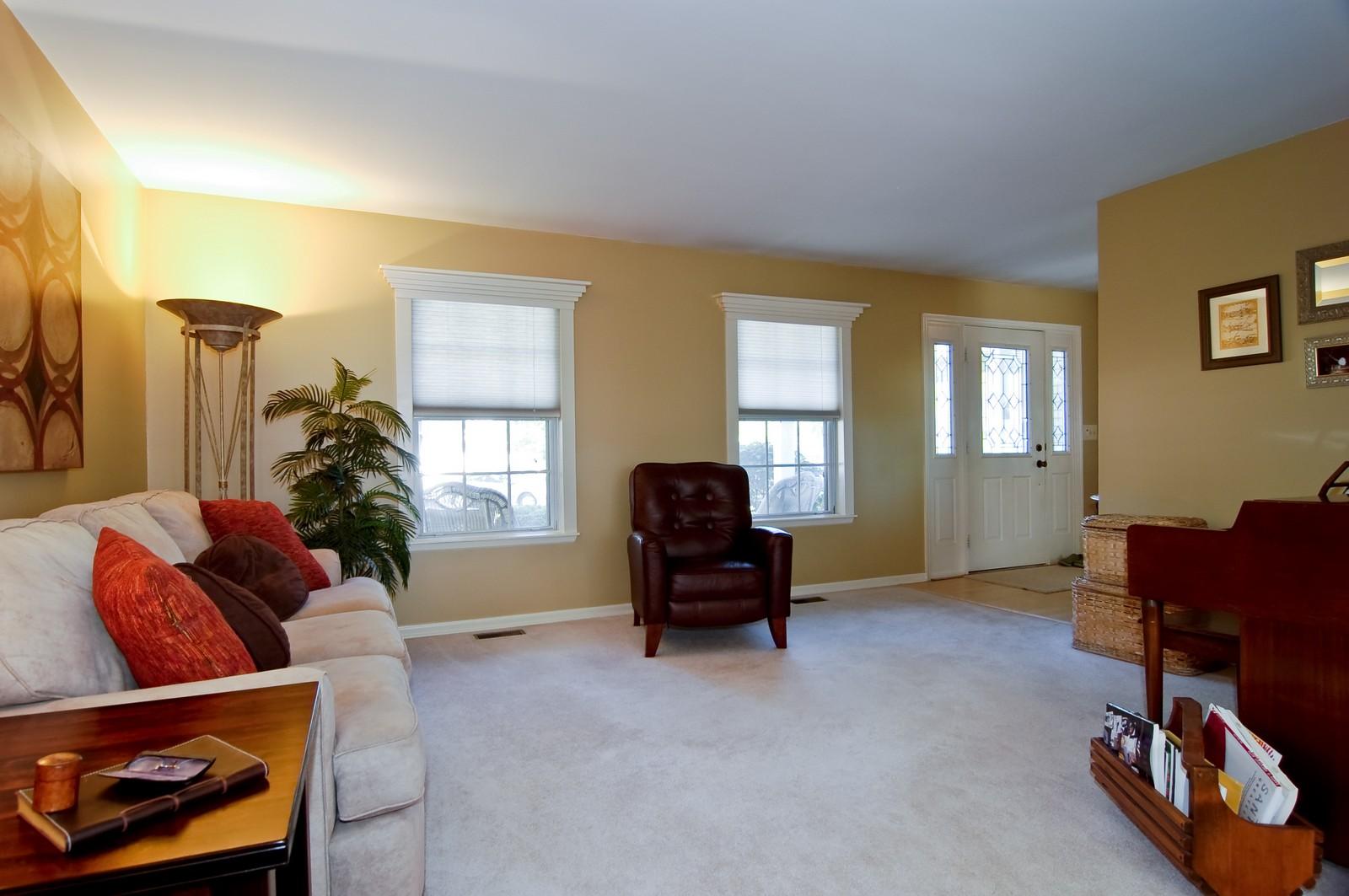 Real Estate Photography - 315 Kensington, Streamwood, IL, 60107 - Living Room