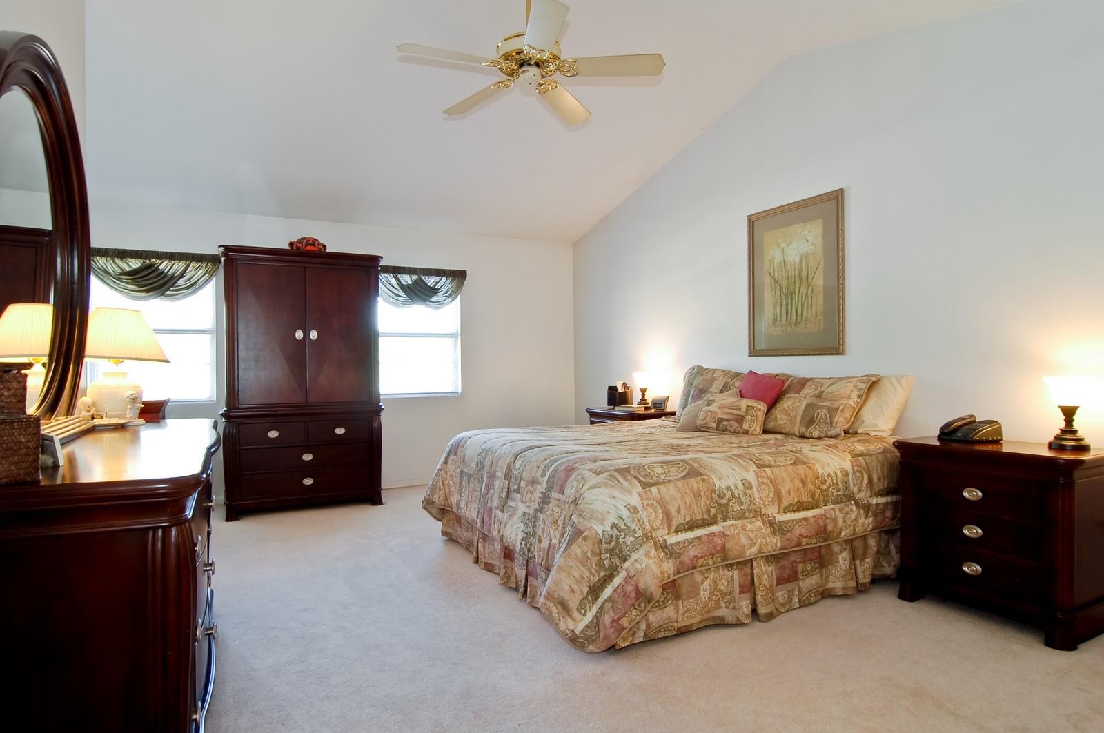 Real Estate Photography - 315 Kensington, Streamwood, IL, 60107 - Master Bedroom