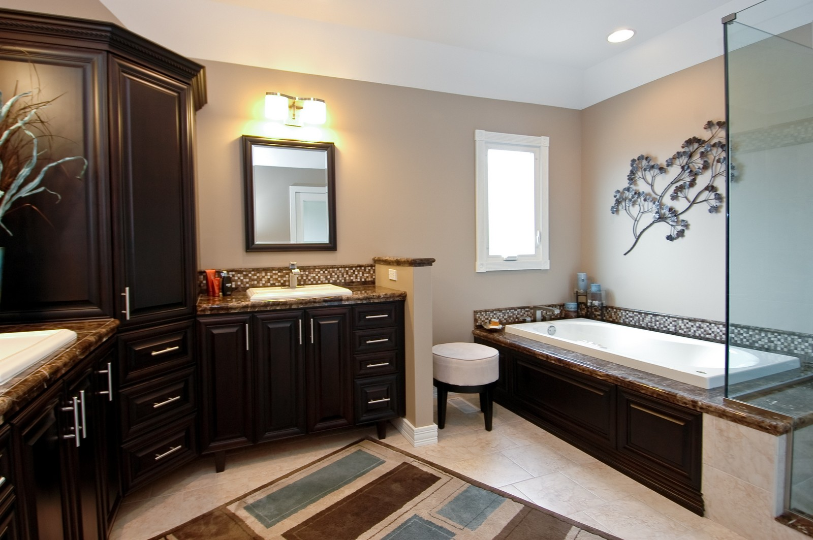 Real Estate Photography - 9015 Loch Glen Dr, Lakewood, IL, 60014 - Master Bathroom