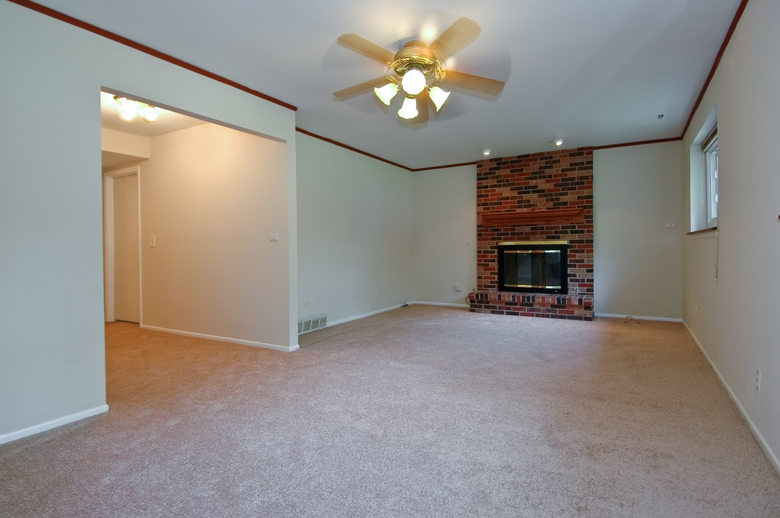 Real Estate Photography - 705 Exmoor Ter, Crystal Lake, IL, 60014 - Family Room