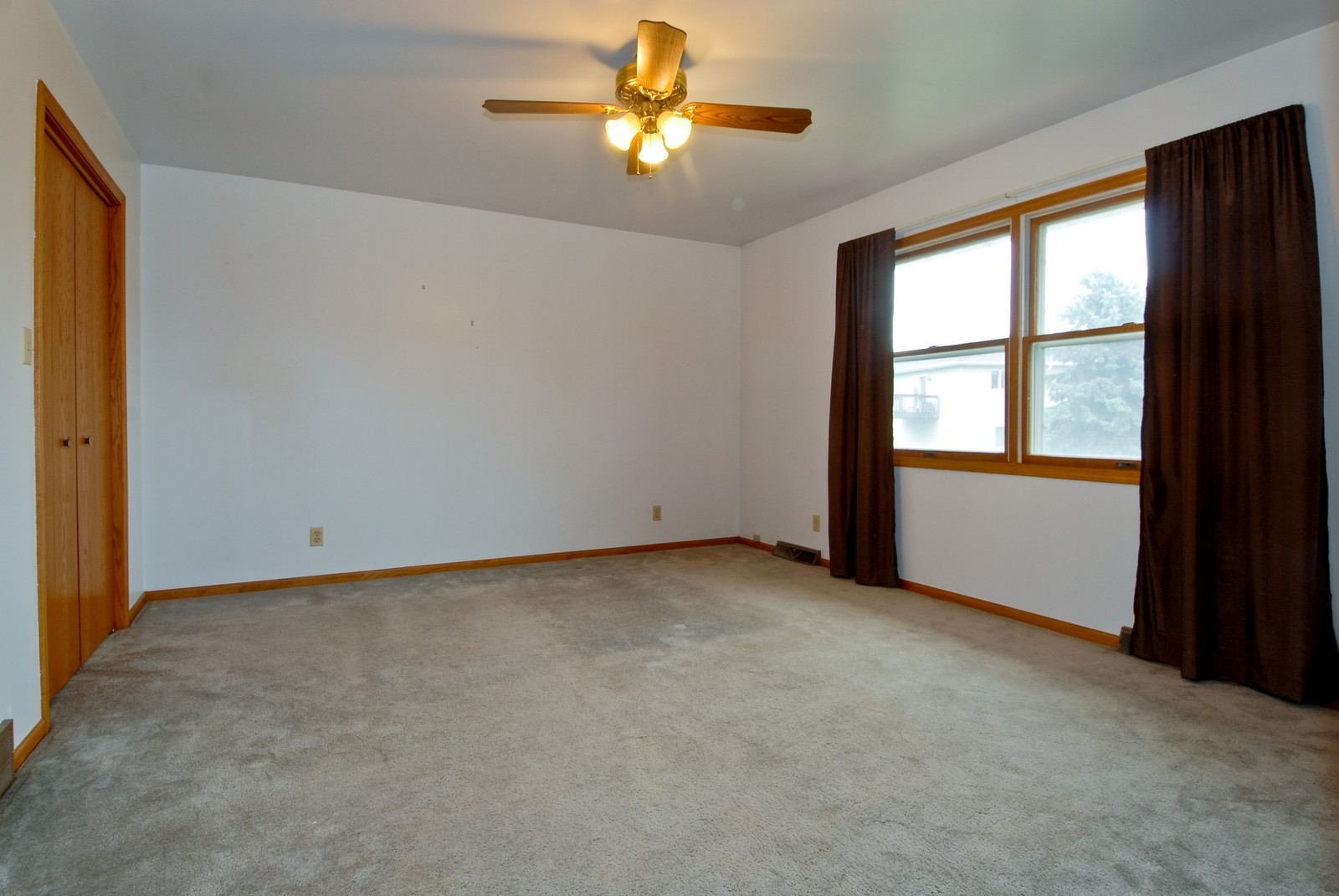Real Estate Photography - 210 Pardridge Pl, Dekalb, IL, 60115 - Master Bedroom
