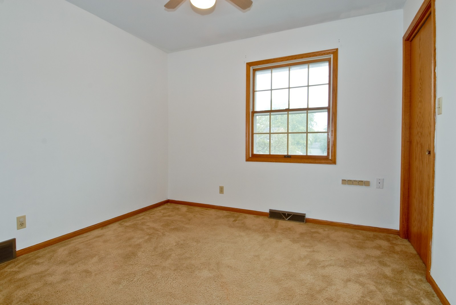 Real Estate Photography - 210 Pardridge Pl, Dekalb, IL, 60115 - 3rd Bedroom