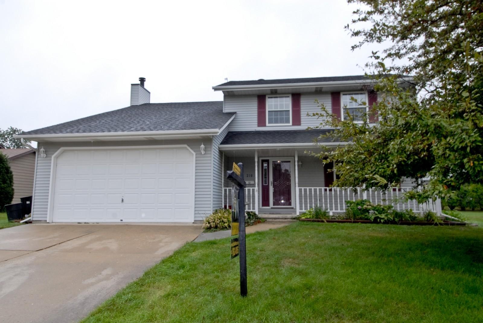 Real Estate Photography - 210 Pardridge Pl, Dekalb, IL, 60115 - Front View