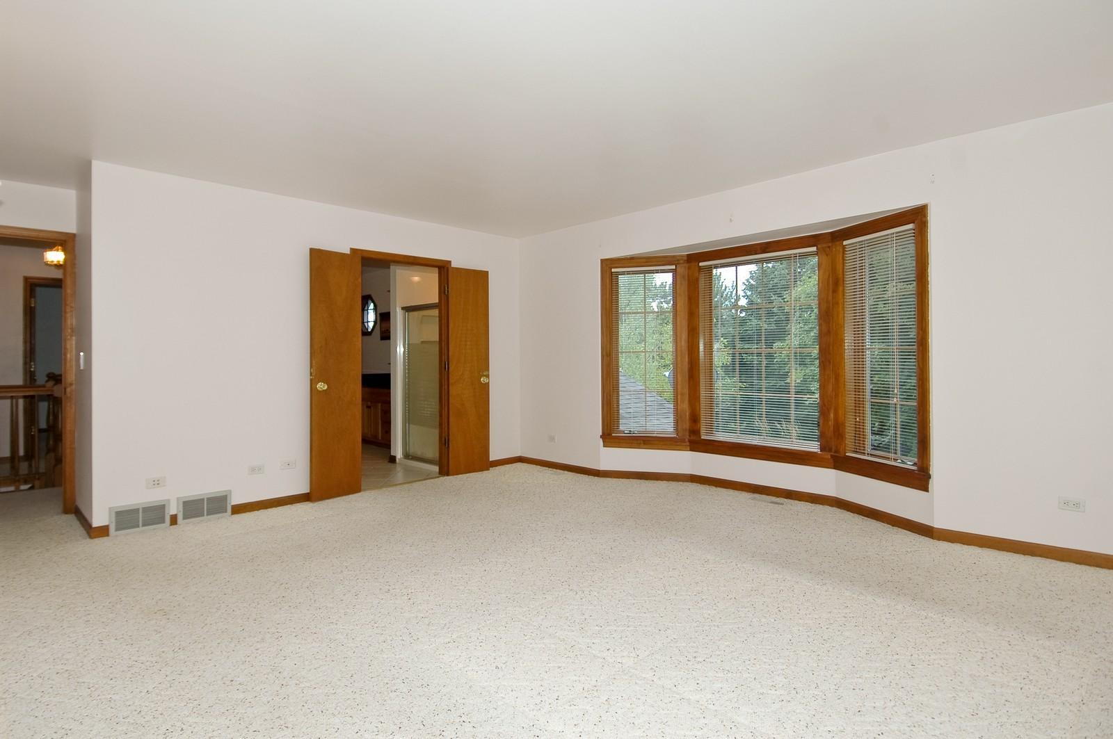 Real Estate Photography - 1435 Brandywine Cir, Algonquin, IL, 60102 - Master Bedroom