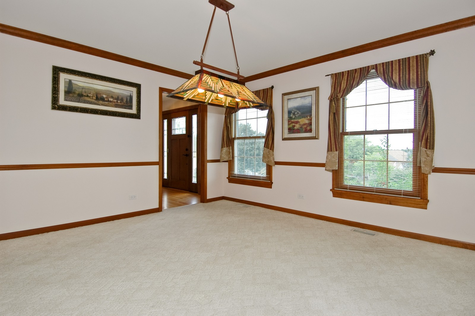 Real Estate Photography - 1435 Brandywine Cir, Algonquin, IL, 60102 - Dining Room
