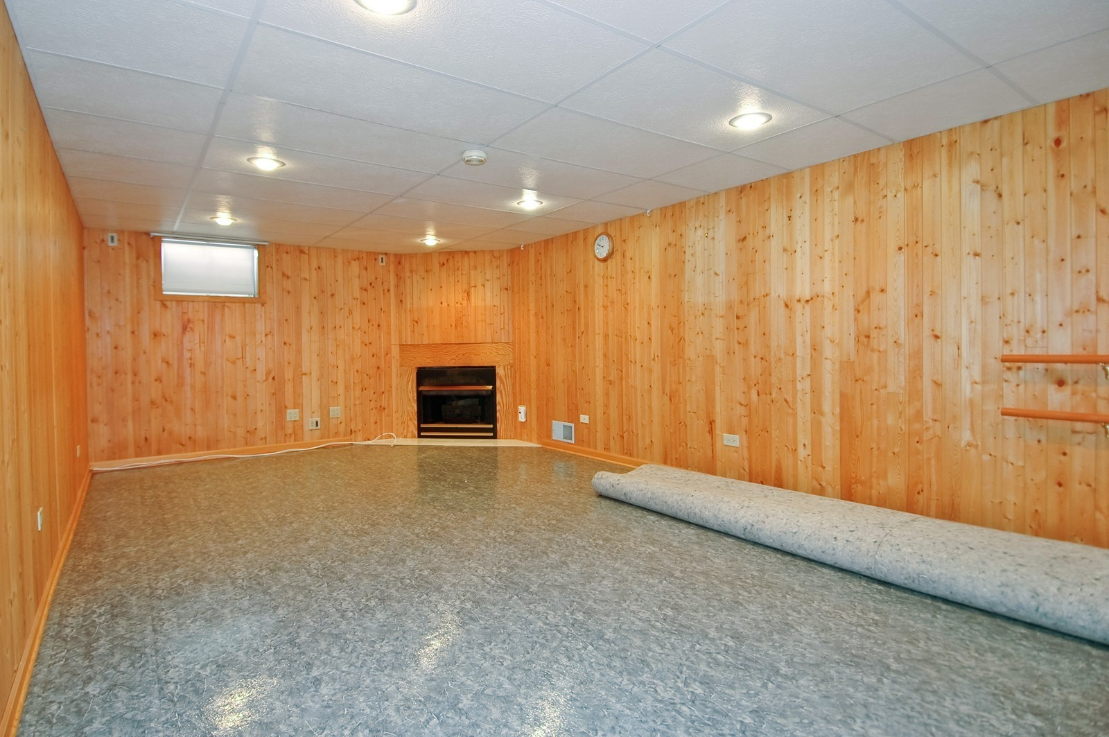 Real Estate Photography - 1435 Brandywine Cir, Algonquin, IL, 60102 - Lower Level Recreation Room