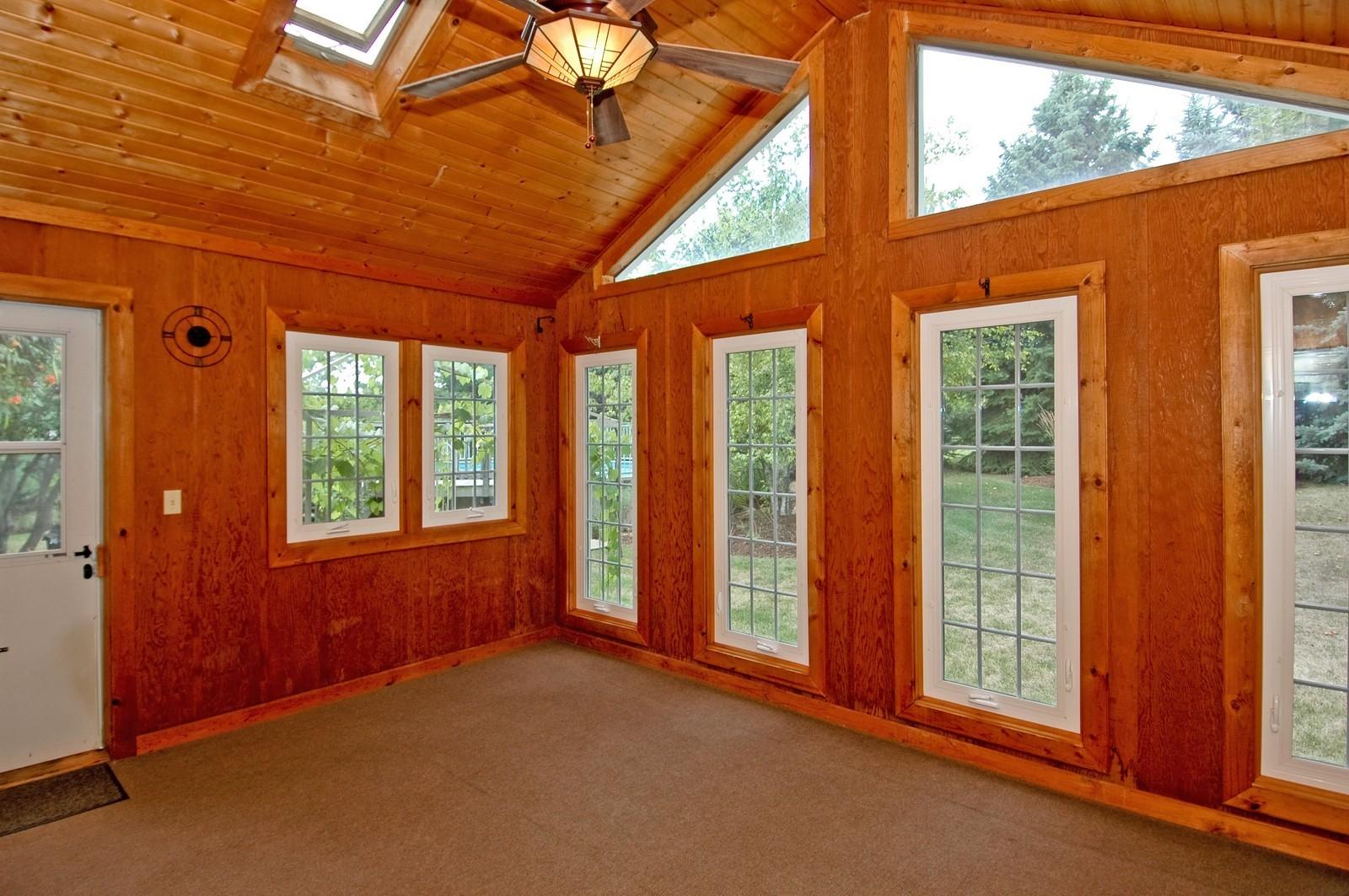 Real Estate Photography - 1435 Brandywine Cir, Algonquin, IL, 60102 - Three season room