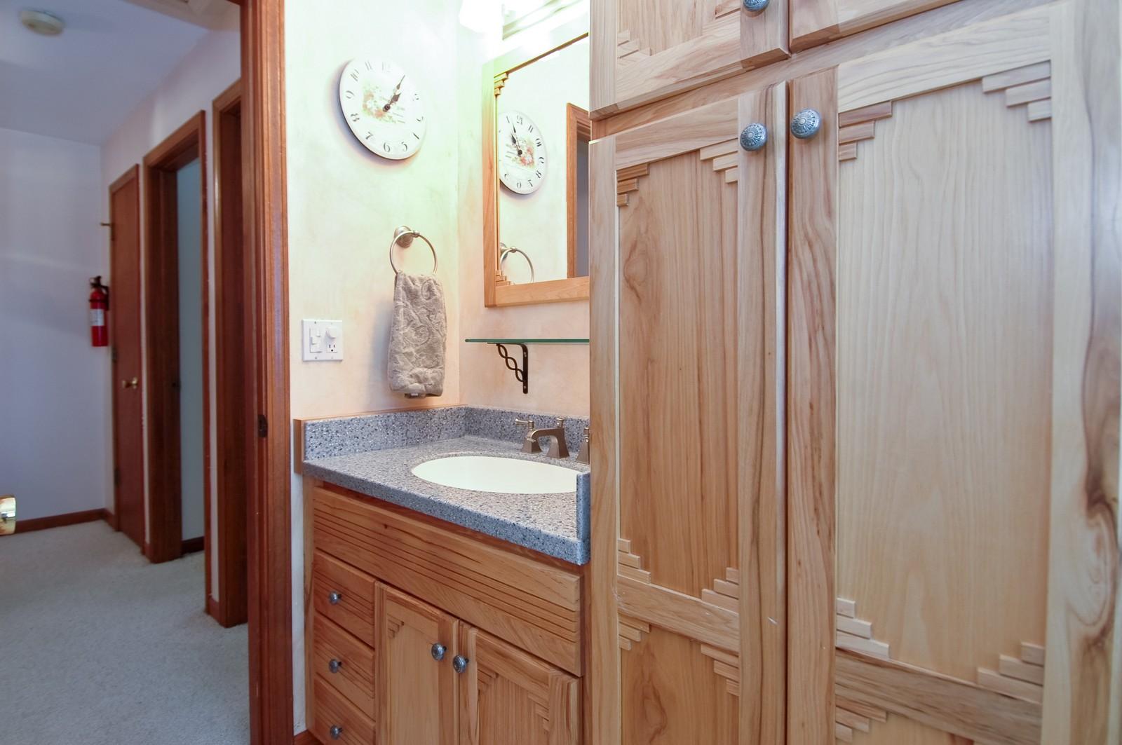 Real Estate Photography - 1435 Brandywine Cir, Algonquin, IL, 60102 - Bathroom