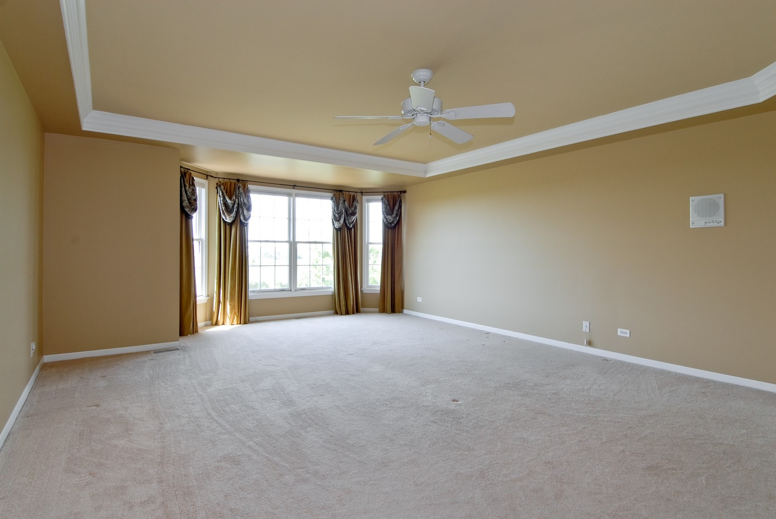 Real Estate Photography - 1264 Keim Ct, Geneva, IL, 60134 - Master Bedroom