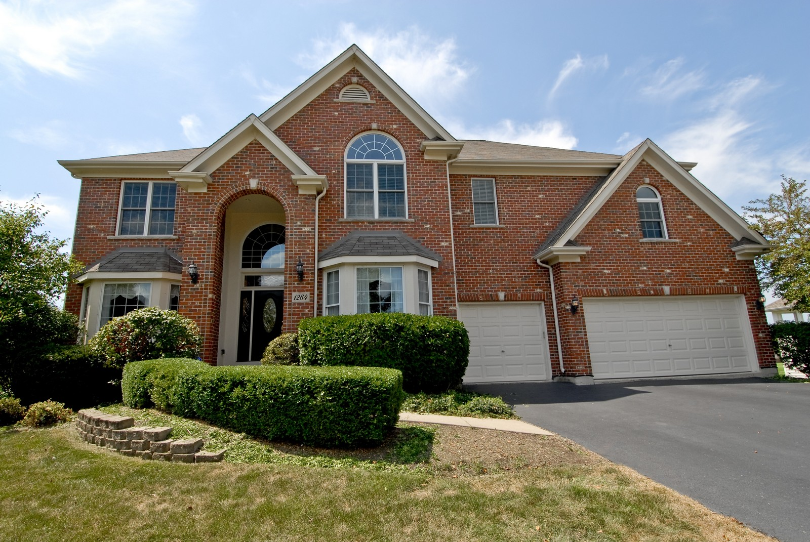 Real Estate Photography - 1264 Keim Ct, Geneva, IL, 60134 - Front View