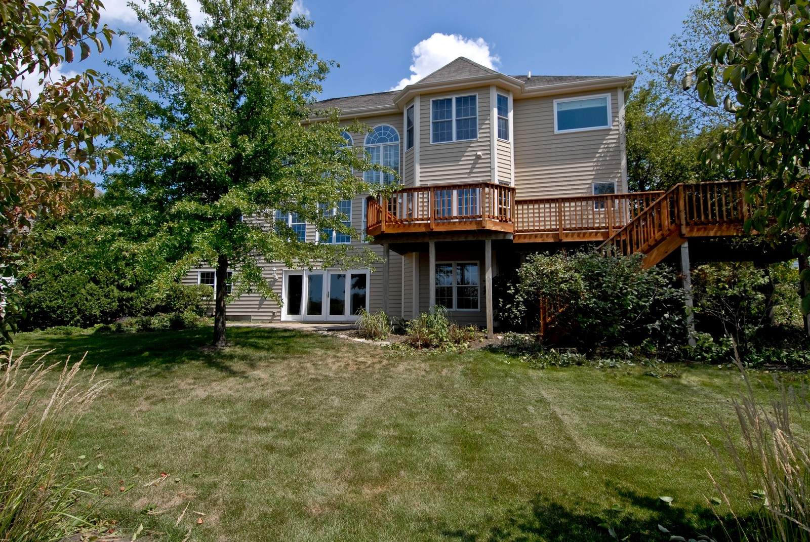 Real Estate Photography - 1264 Keim Ct, Geneva, IL, 60134 - Rear View