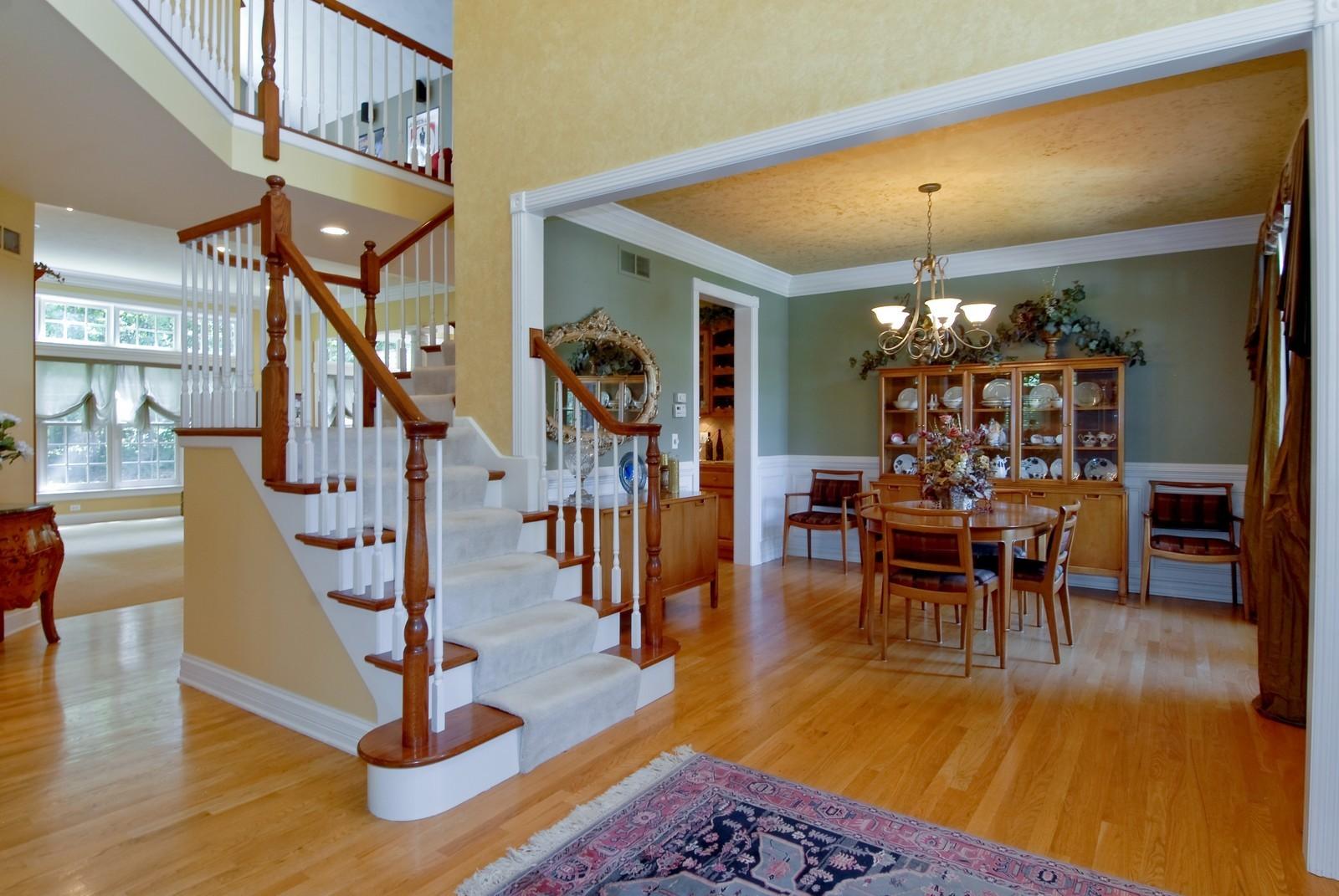 Real Estate Photography - 2502 Majestic Oaks Ln, Saint Charles, IL, 60174 - Foyer