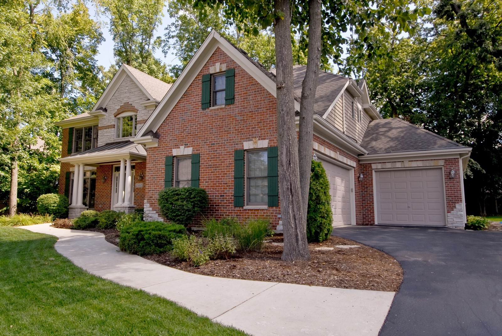 Real Estate Photography - 2502 Majestic Oaks Ln, Saint Charles, IL, 60174 - Front View