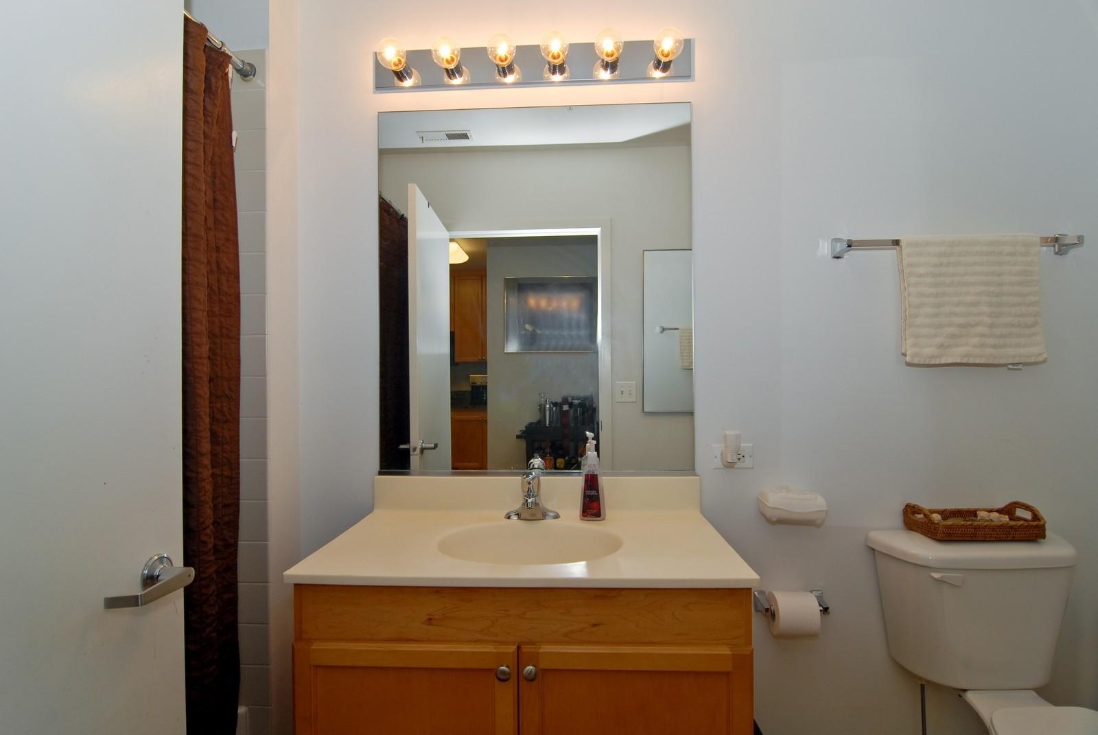 Real Estate Photography - 125 Euclid Ave, Unit 407, Oak Park, IL, 60301 - Bathroom