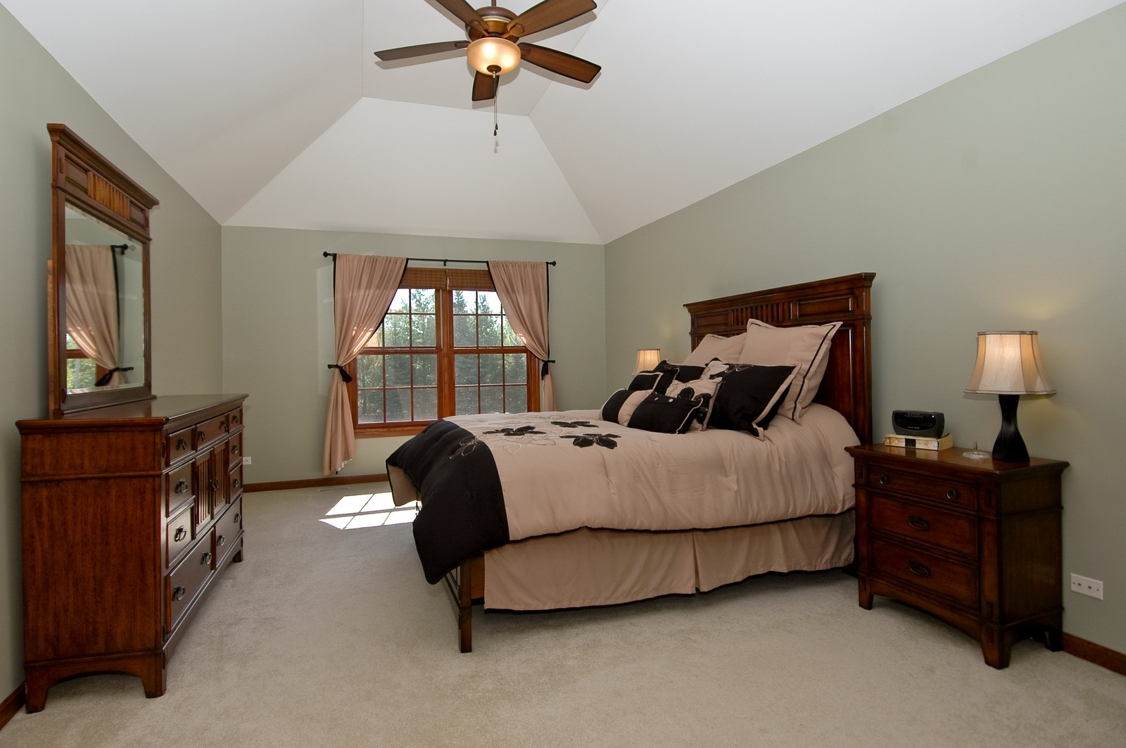 Real Estate Photography - 5N798 Route 25, St Charles, IL, 60174 - Master Bedroom