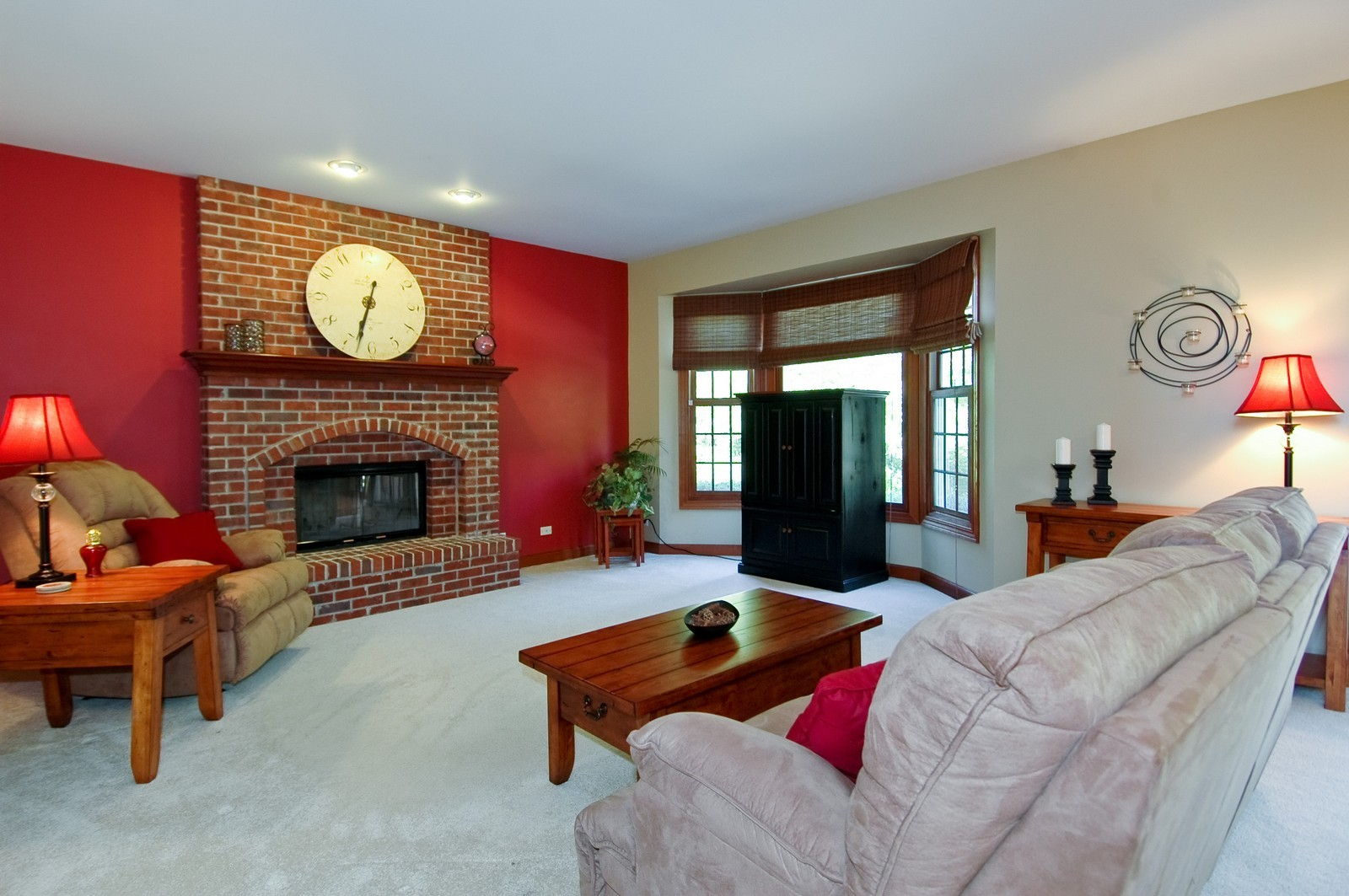 Real Estate Photography - 5N798 Route 25, St Charles, IL, 60174 - Family Room