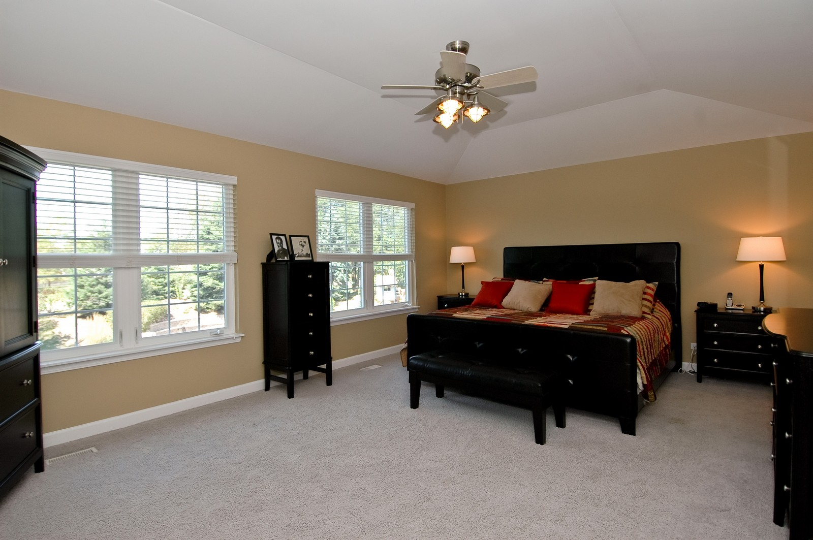 Real Estate Photography - 811 Mason Ln, Lake in the Hills, IL, 60156 - Master Bedroom