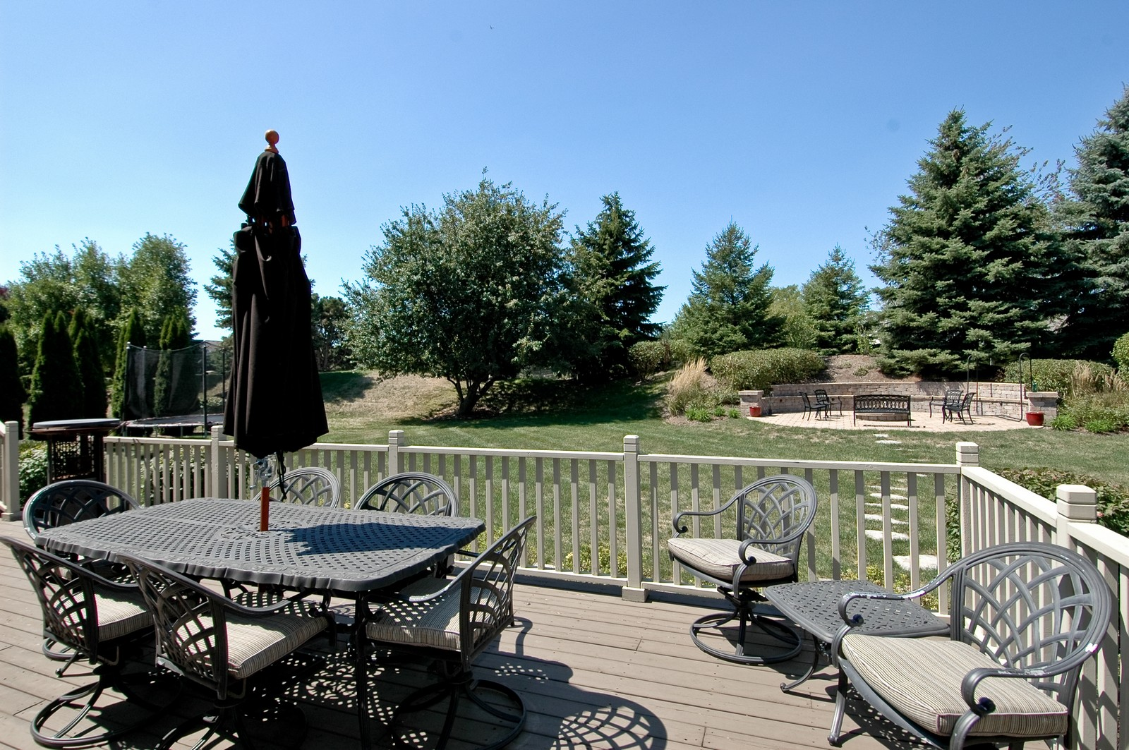 Real Estate Photography - 811 Mason Ln, Lake in the Hills, IL, 60156 - Back Yard