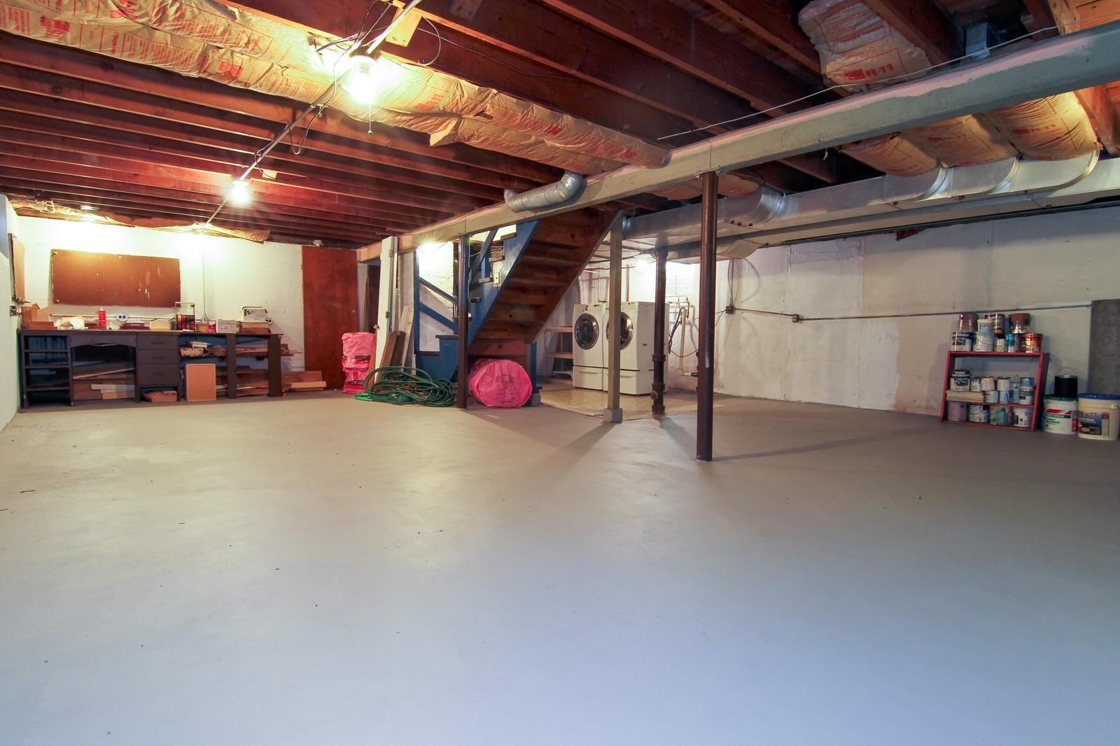 Real Estate Photography - 1702 E Indiana St, Wheaton, IL, 60187 - Basement