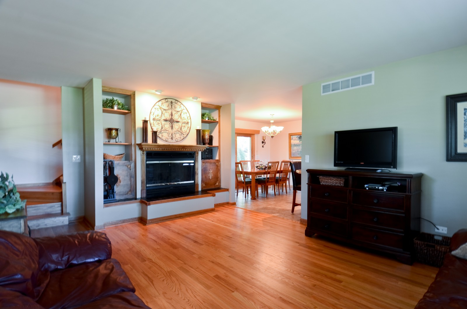 Real Estate Photography - 4N656 Klein Rd, West Chicago, IL, 60185 - Living Room
