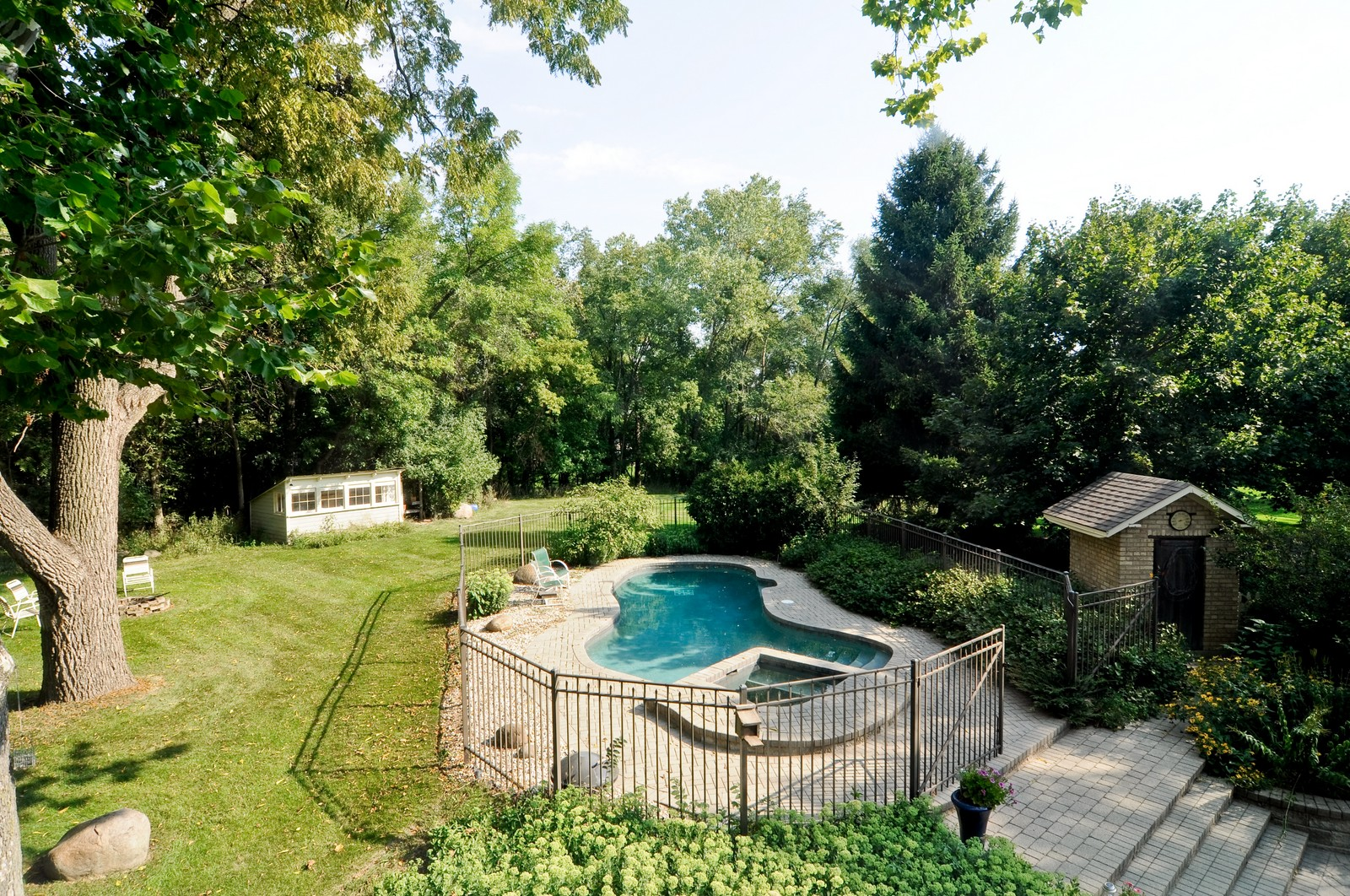 Real Estate Photography - 1000 Plum Tree Rd, Fox River Grove, IL, 60021 - View